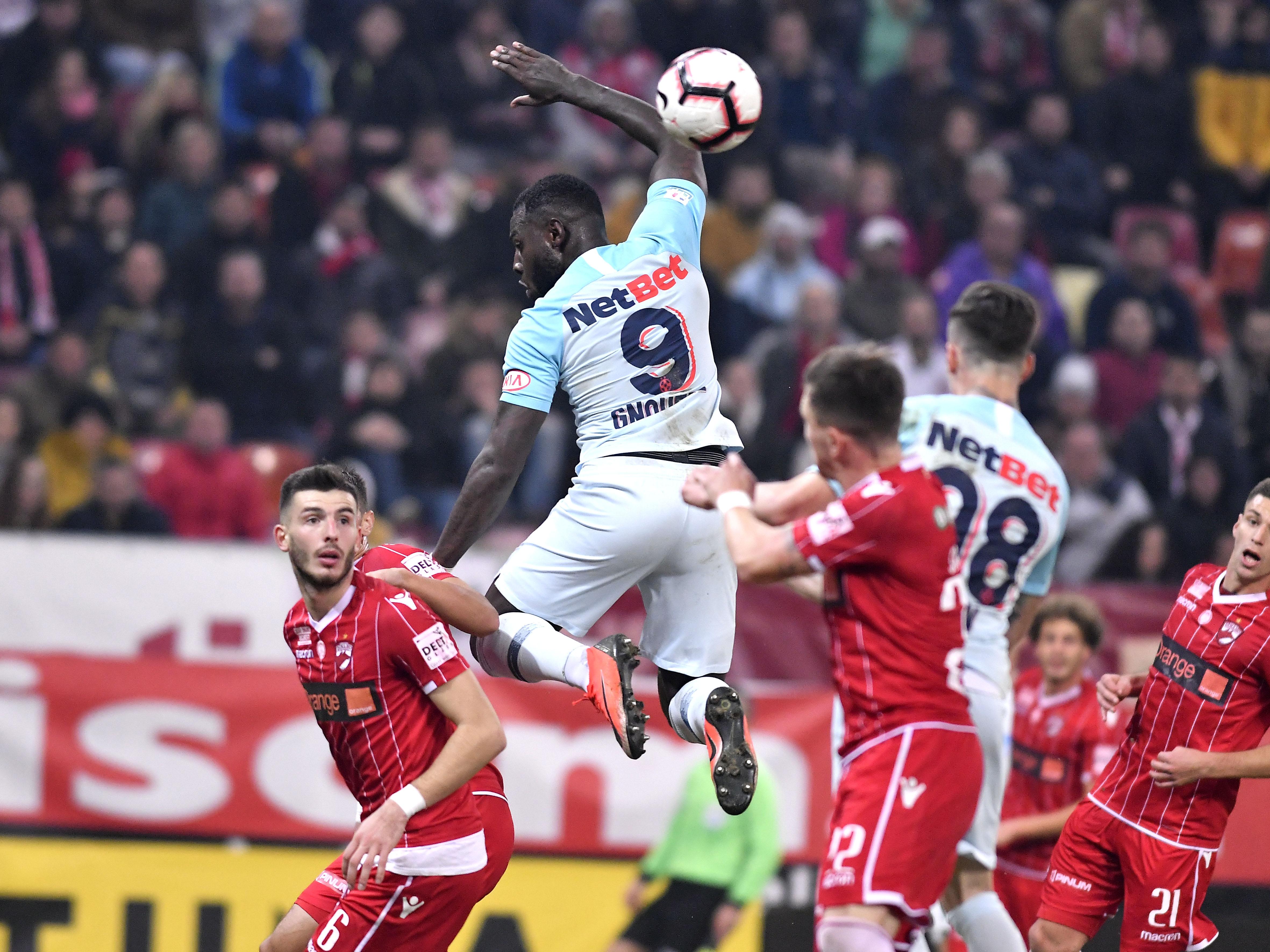 Start în Liga 1! Tot ce trebuie să știi despre noul sezon. CFR Cluj, FCSB și U Craiova se bat la titlu Schimbări spectaculoase la TV